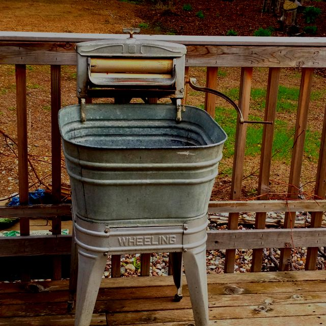 Pin By Judith Roberts Foline On For The Home Vintage Laundry Old Washing Machine Primitive Laundry Rooms