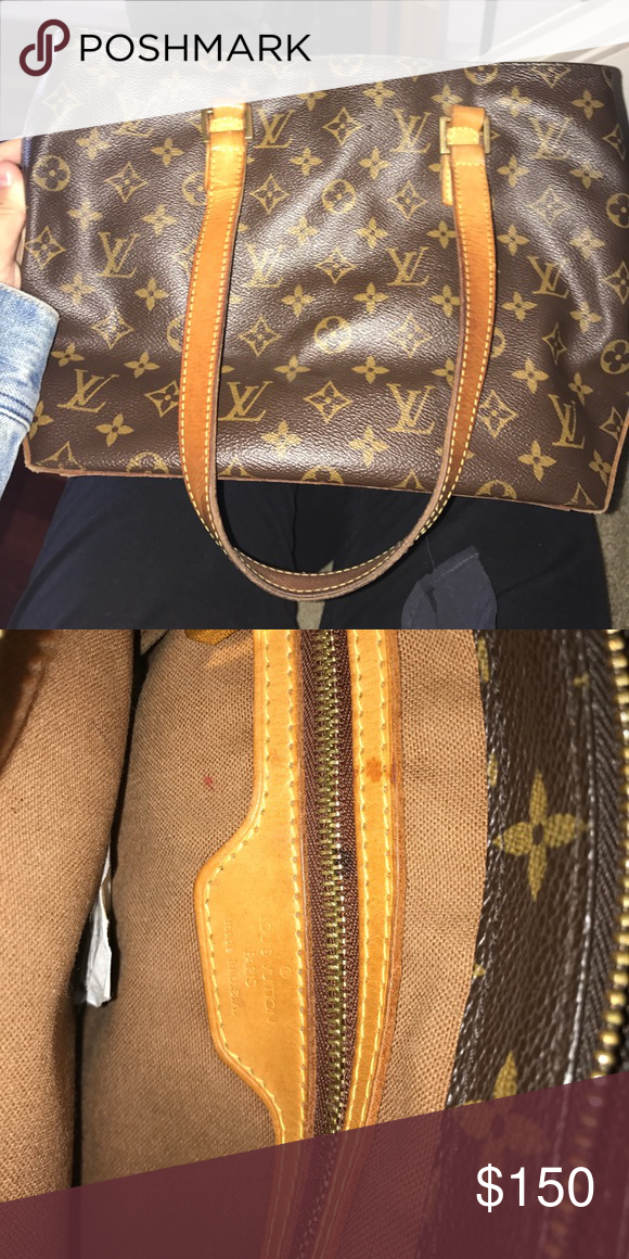 2c822bb2ef88 Shop Women s Louis Vuitton Brown size OS Shoulder Bags at a discounted  price at Poshmark. Worn but fair condition!