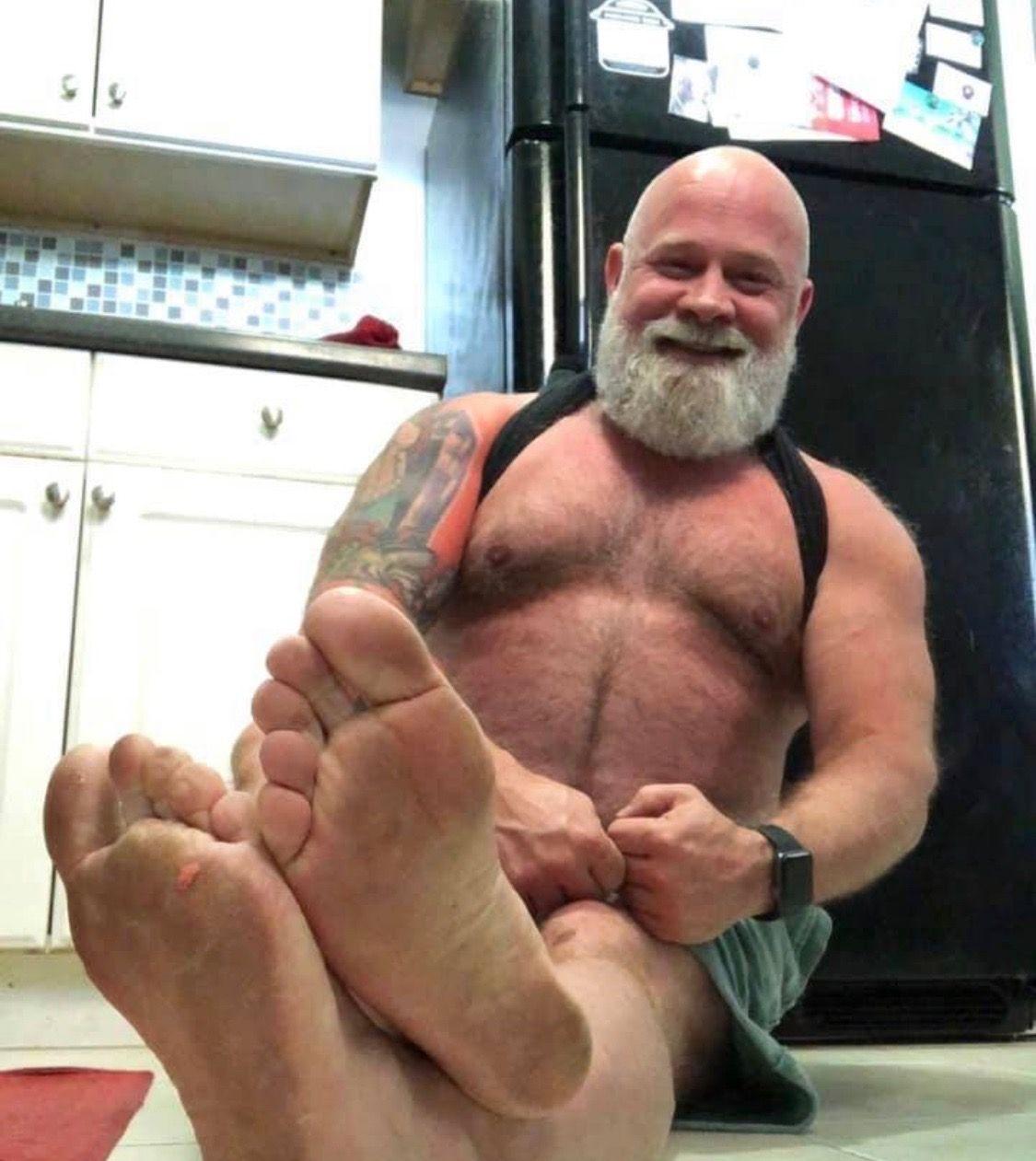 Pin By Sfwoof On Mature Man Feet Male Feet Older Men Sexy Feet