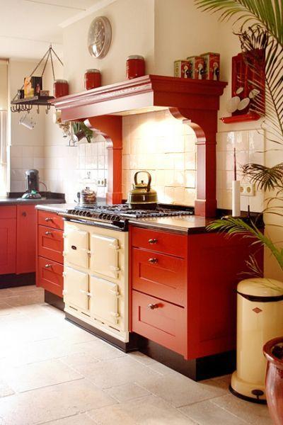 Massief houten keuken in eiken houten keukens pinterest cream room and room - Keuken met rode baksteen ...