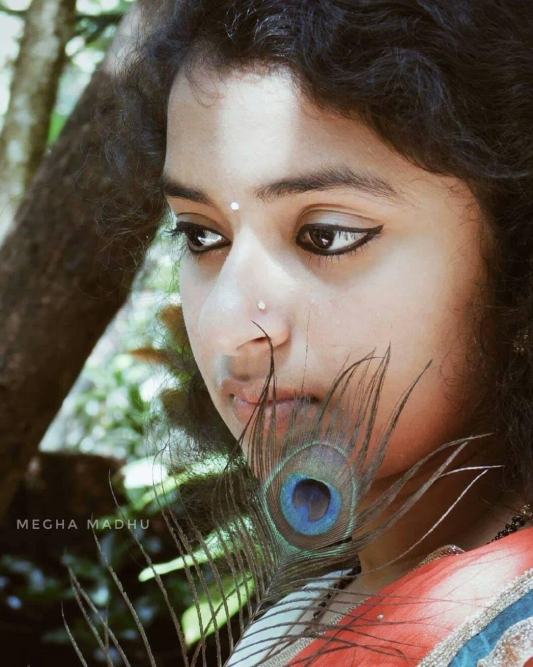 Pin By Savitha P On Cute Pictures Girl Photography Poses Girl