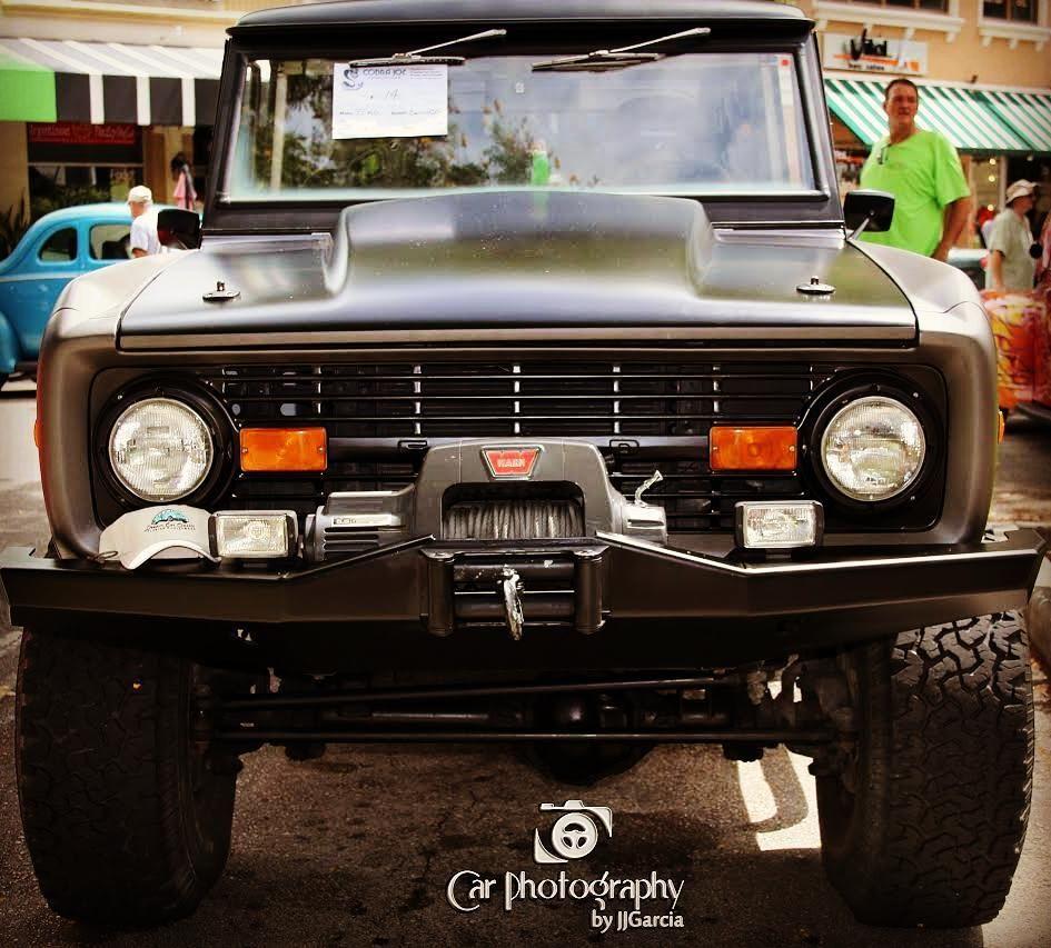 '77 bronco Original 302 v84 barrel eddlebrockcarburetorat #hollywooddreamcarclassic #carphotographybyjjgarcia #77ford #77fordbronco #bronco #fordbronco #bronco77 #ford