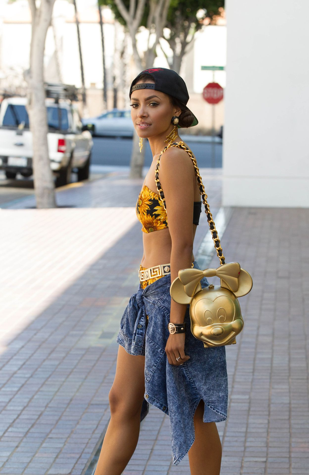 Urban Grunge Kat Graham Minnie Mouse Golden Bag Outfit Fashion Street Style Inspiration