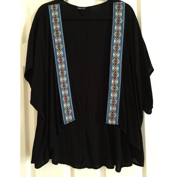 Wetseal Black Kimono Cute, light weight kimono. Only worn a few times and is super stylish! Wet Seal Tops