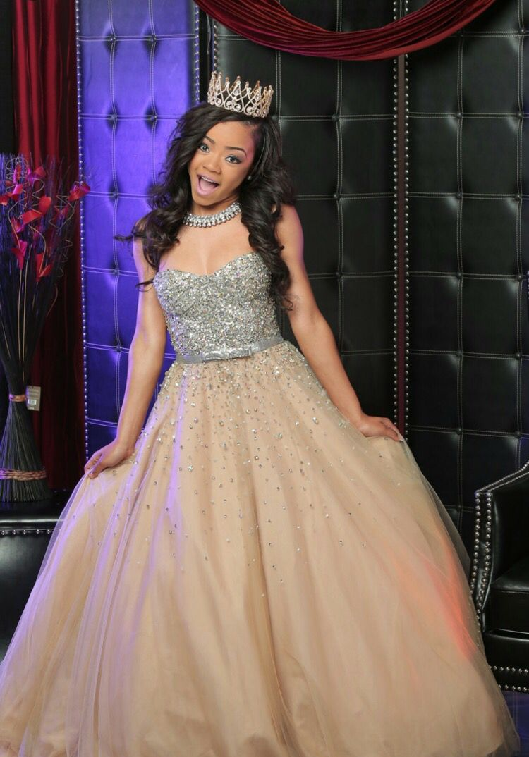 Faith Thigpen in her Sweet 16 Photoshoot (With images