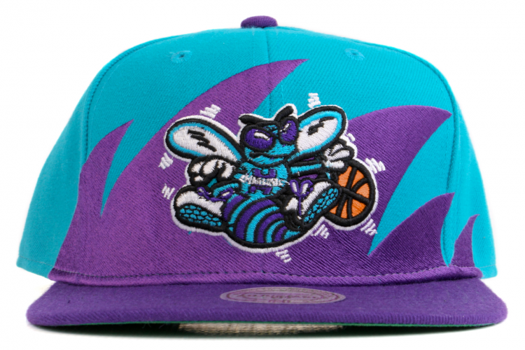 7680e312fd7 MITCHELL AND NESS Charlotte Hornets Shark Tooth Snapback Purple   Turquoise