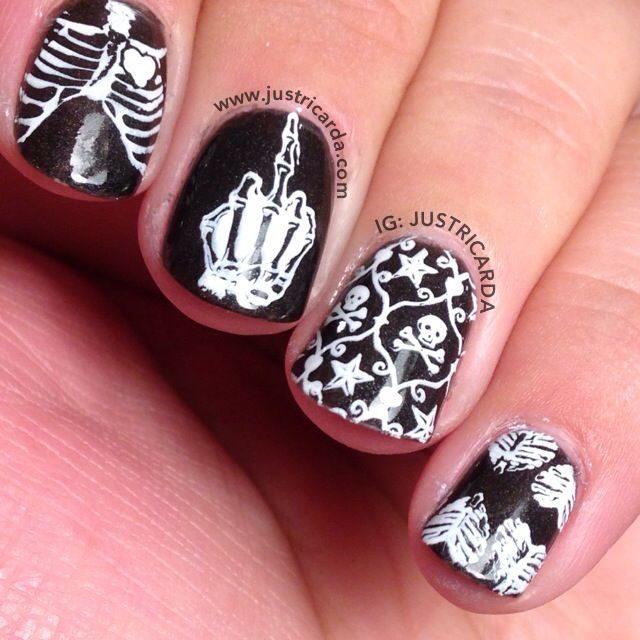 punk skeleton fuck you nails / Halloween nails / Rica / www ...
