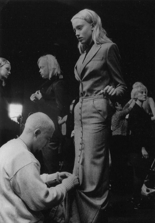 Alexander McQueen backstage at his Autumn/Winter 1999-00 show.