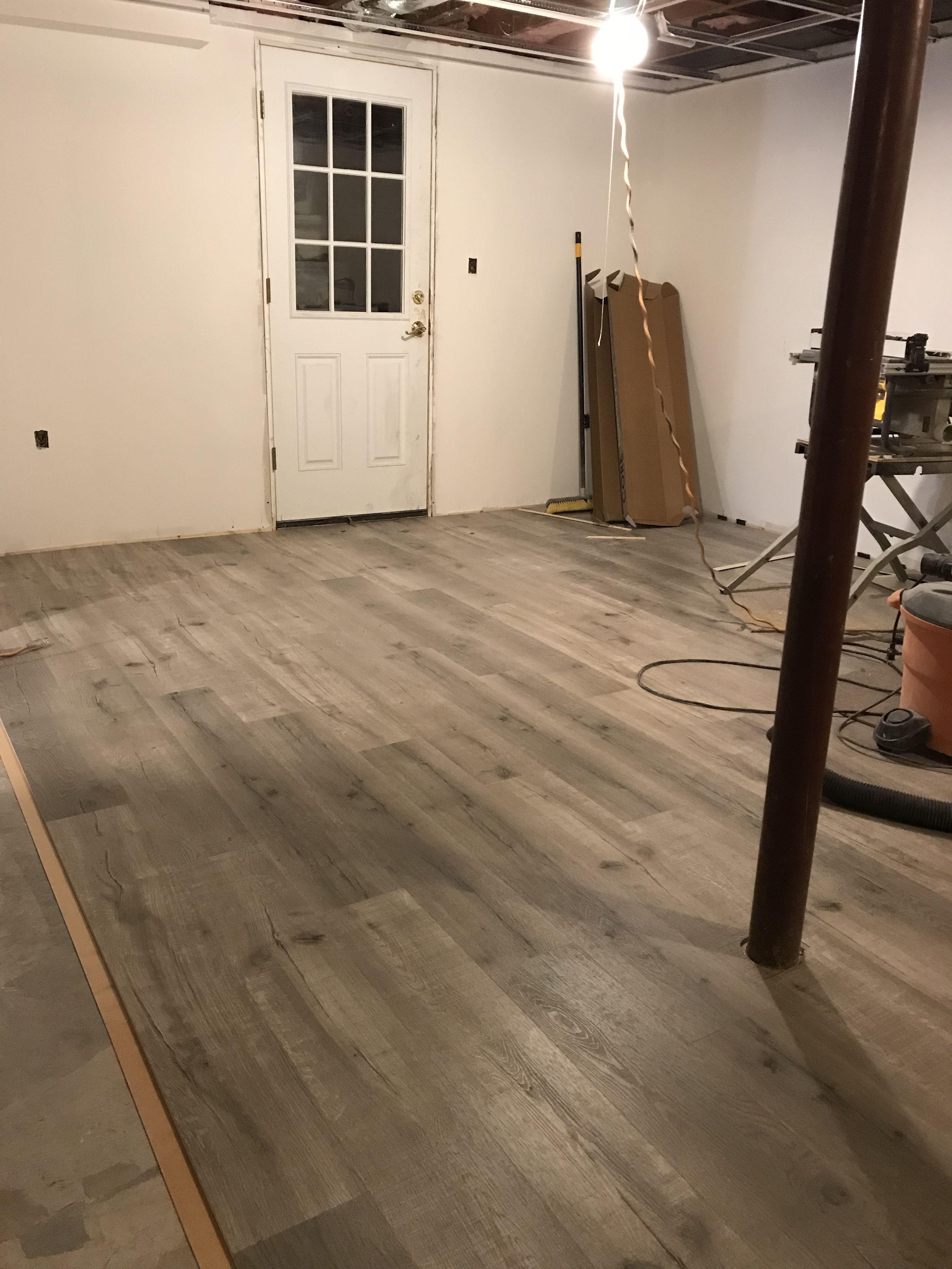 Lumber Liquidators Driftwood Hickory Engineered Vinyl Plank I Loooove It So Far House Styles Engineered Vinyl Plank Florida Home