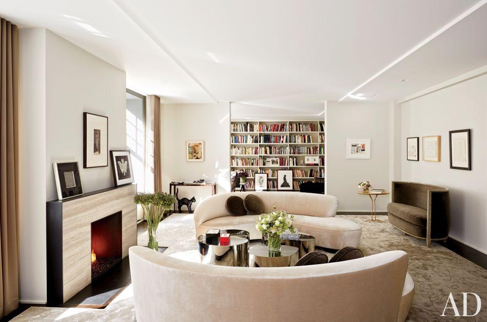 Modern Living Room by D\u0027Apostrophe Design Inc in New York, New - diseo de interiores de departamentos