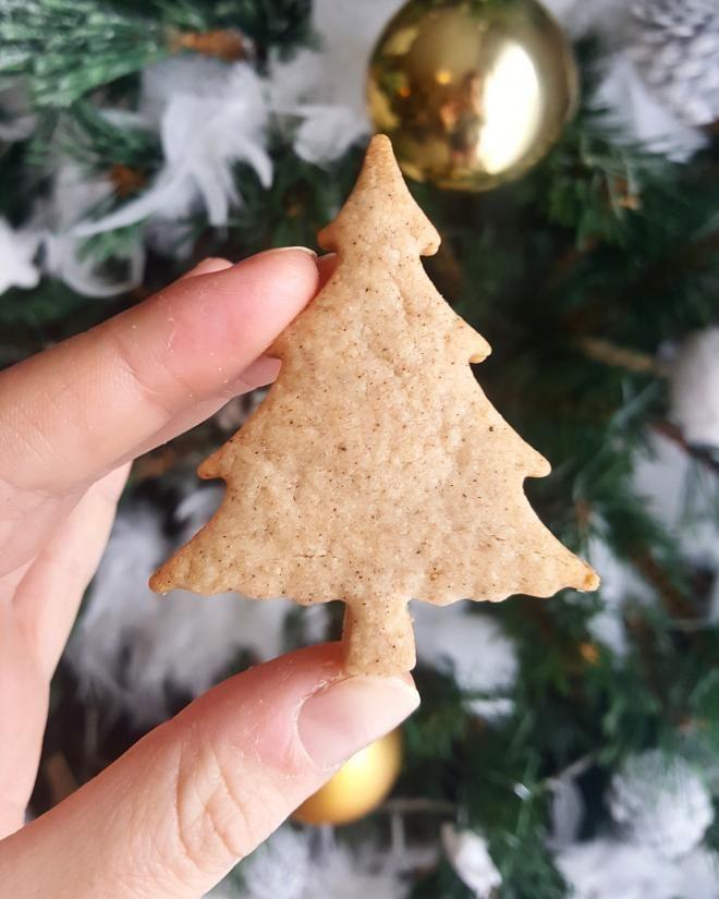 Sablés de Noël saveur Pain d'épices #sabledenoel Recette - Sablés de Noël saveur Pain d'épices en pas à pas #sabledenoel