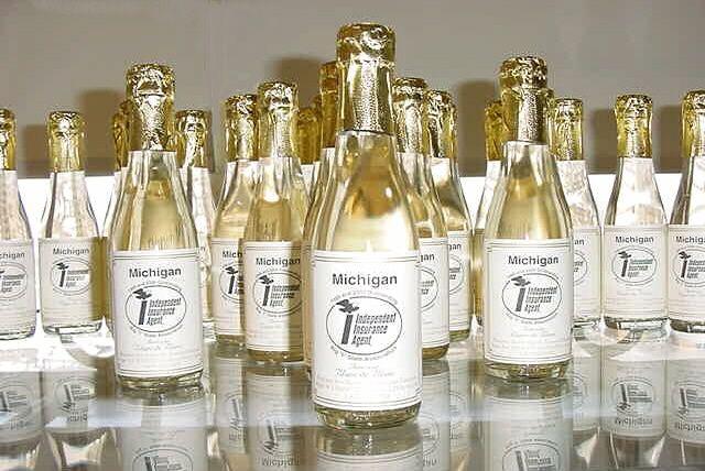 personalized wedding favors fair mini bottles for wedding favors