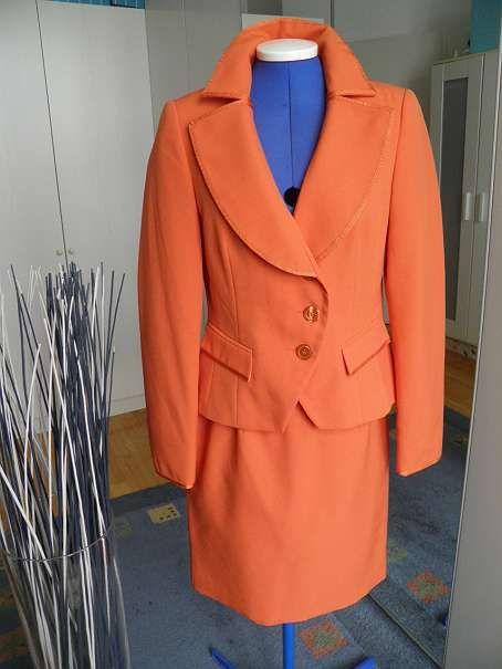 oranges Kostüm Gr. 36 Marke Collection