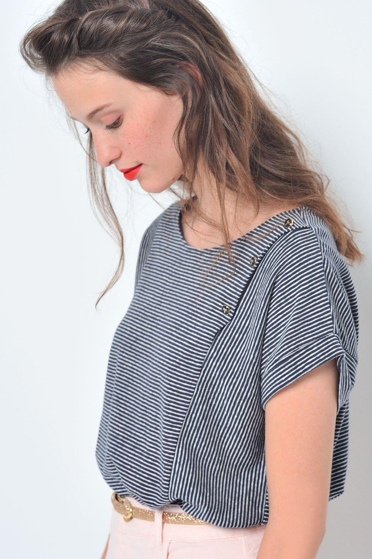 b0e348fdb5d43 Tee shirt jasale marine ecru pour femme coton, lin à des petits hauts -  livraison et retour offerts