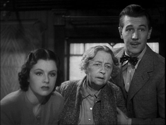 Iris Henderson/Margaret Lockwood, Miss Froy/Dame May Whitty and Gilbert/Michael Redgrave - 'The Lady Vanishes' (1938)