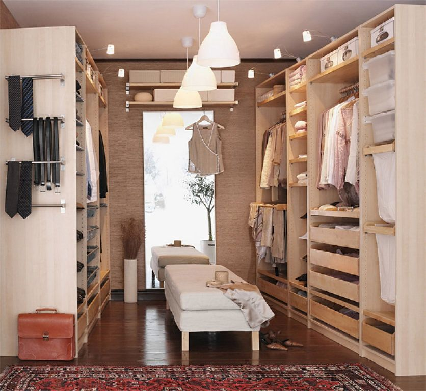 dream master bedroom closet. IKEA PAX Wardrobe system as a walk in closet spare room  Nice functional good quality and inexpensive D distribucion DECORACION Pinterest Walking Dream