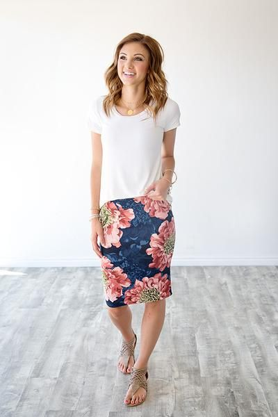 Photo of HARLOW FLORAL PENCIL SKIRT   NAVY & BLUSH
