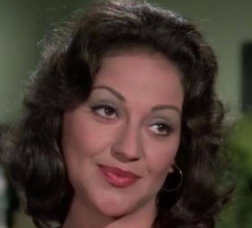 kelly bishop interview