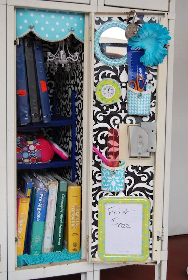 25 diy locker decor ideas for more cooler look diy for Mudroom a forma di l