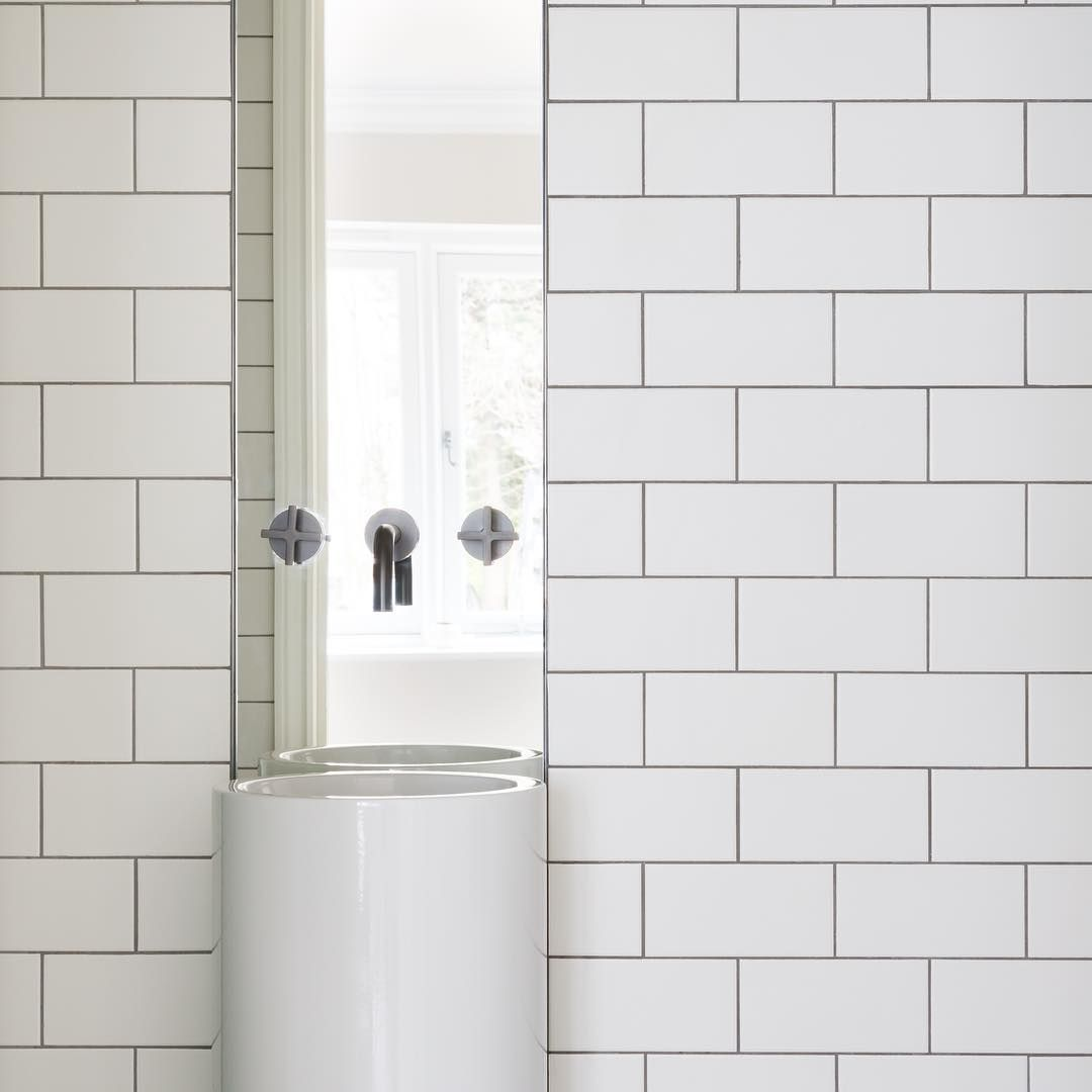 Industrial Interiordesign Bathroom: The Metro Tile, A Modern Classic For Bathrooms That
