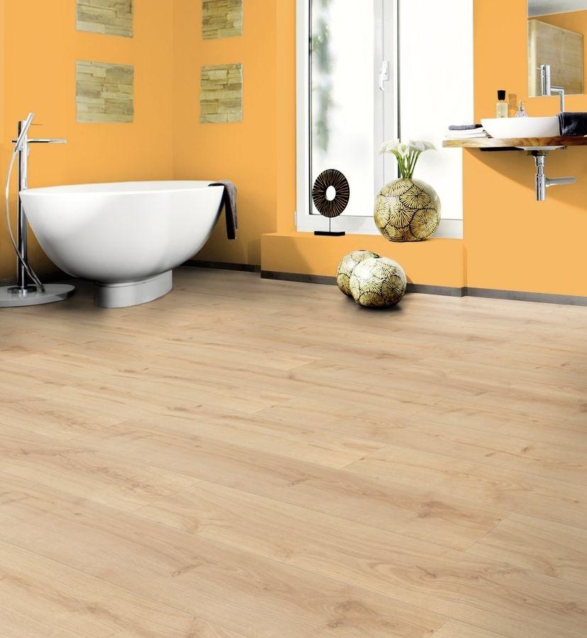 parquet stratifi effet ch ne naturel sp cial salle de. Black Bedroom Furniture Sets. Home Design Ideas