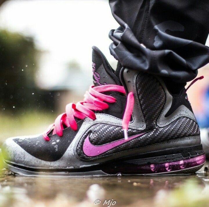 Nike Air Max LeBron 9 \