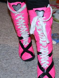 Welcome to Crazy Town: Draculaura Boots