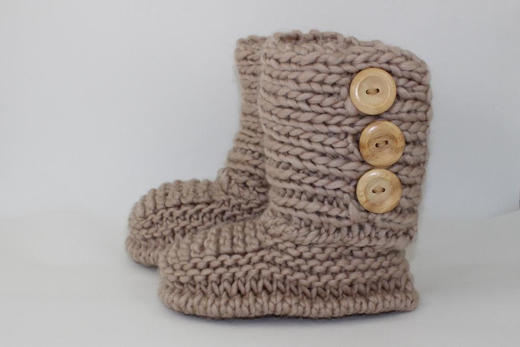3 Button Childrens Slipper Boots | Slippers, Buttons and Chang\'e 3