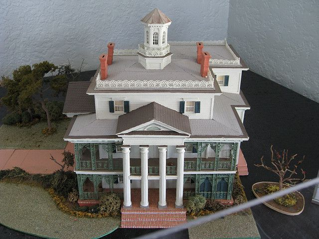 an essay on the haunted manor Have you seen a great tribute to the haunted mansion somewhere many artists  and entertainers have been influenced and inspired by the mansion disney's.