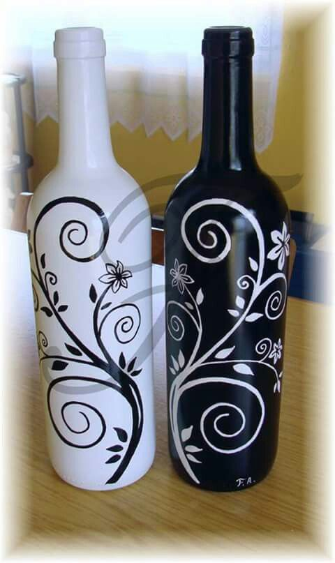 Pin By Michelle Singleton Peck On Cristal Y Porcelana Wine Bottle Diy Crafts Wine Bottle Crafts Painted Wine Bottles