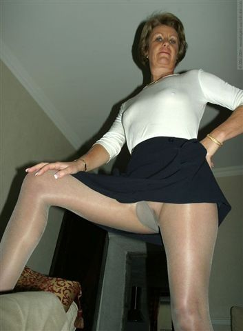 Apologise, but, Mature lady upskirt have faced