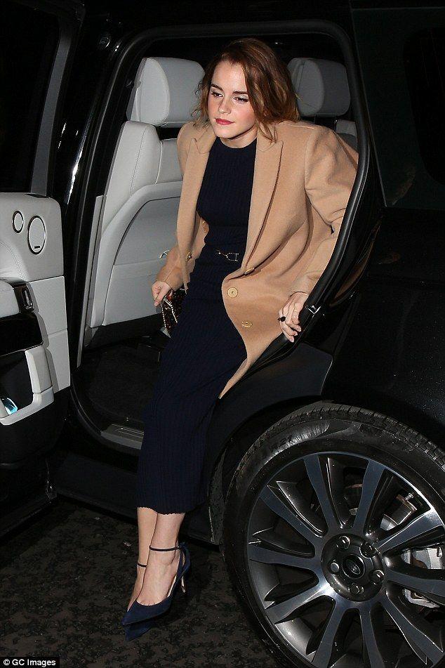 Emma Watson Debuts Newly Cropped Locks Emma Watson Actresses
