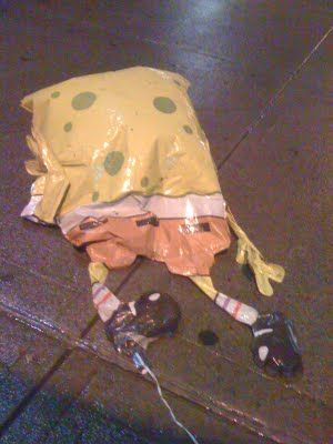 One Sponge Bob Square Pants looking so deflated. Somebody cheer him up!!