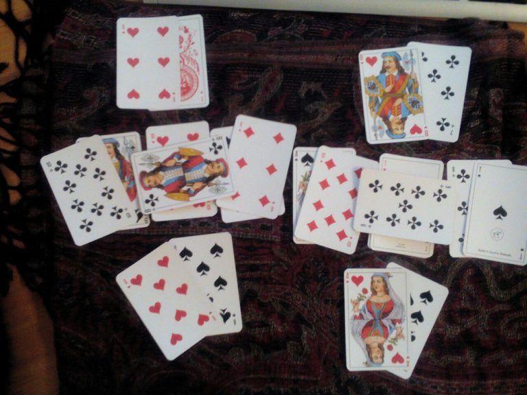 Гадания на желание на игральных картах гадание онлайн на картах архангела