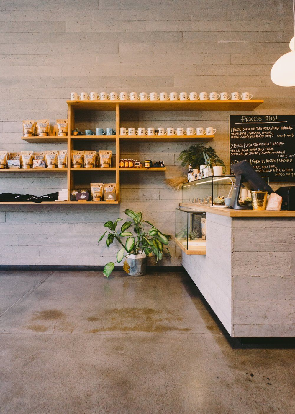 Sip Coffee At These Cafes Cafe Coffee Shop Farmhouse Coffee Bar