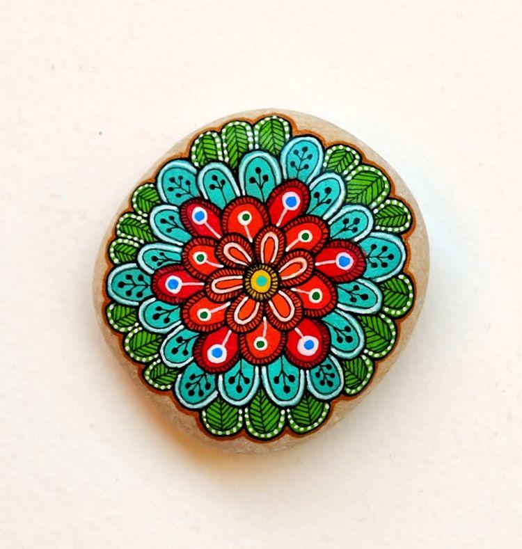 Steine bemalen 101 Ideen für eine wunderschöne DIY Dekoration