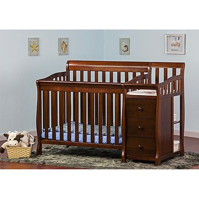 Convertible Baby Crib 4 in 1 Changing Table Nursery Dream On Me ...