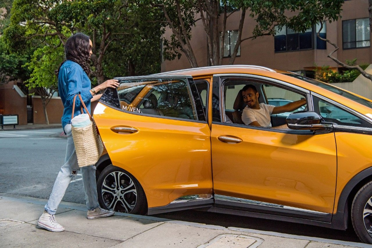 Maven's New Gig Service Allows Uber Drivers to Rent Chevy