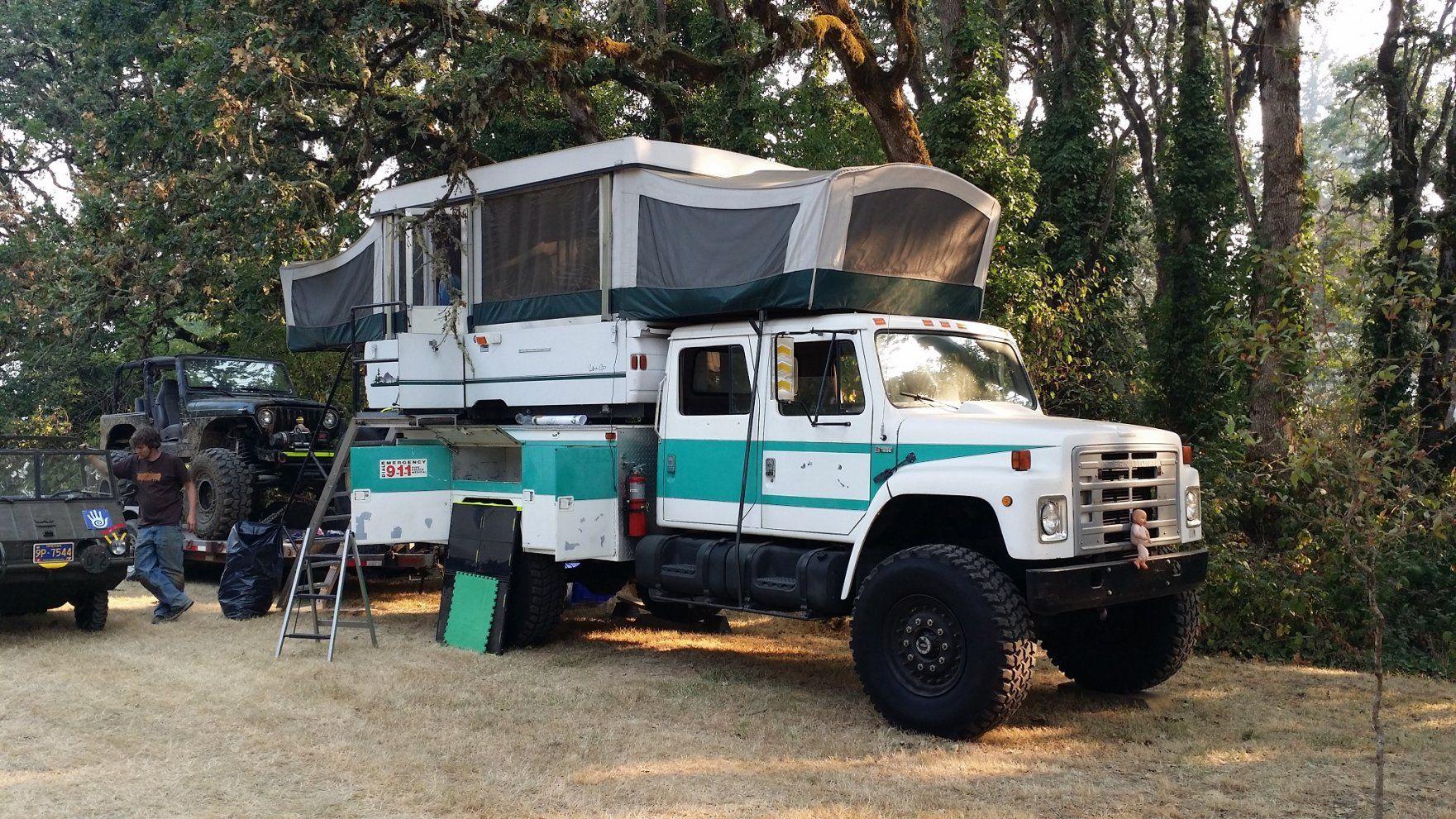 International 4700 4x4 Mdt Quadcab With Pop Up Expedition Truck