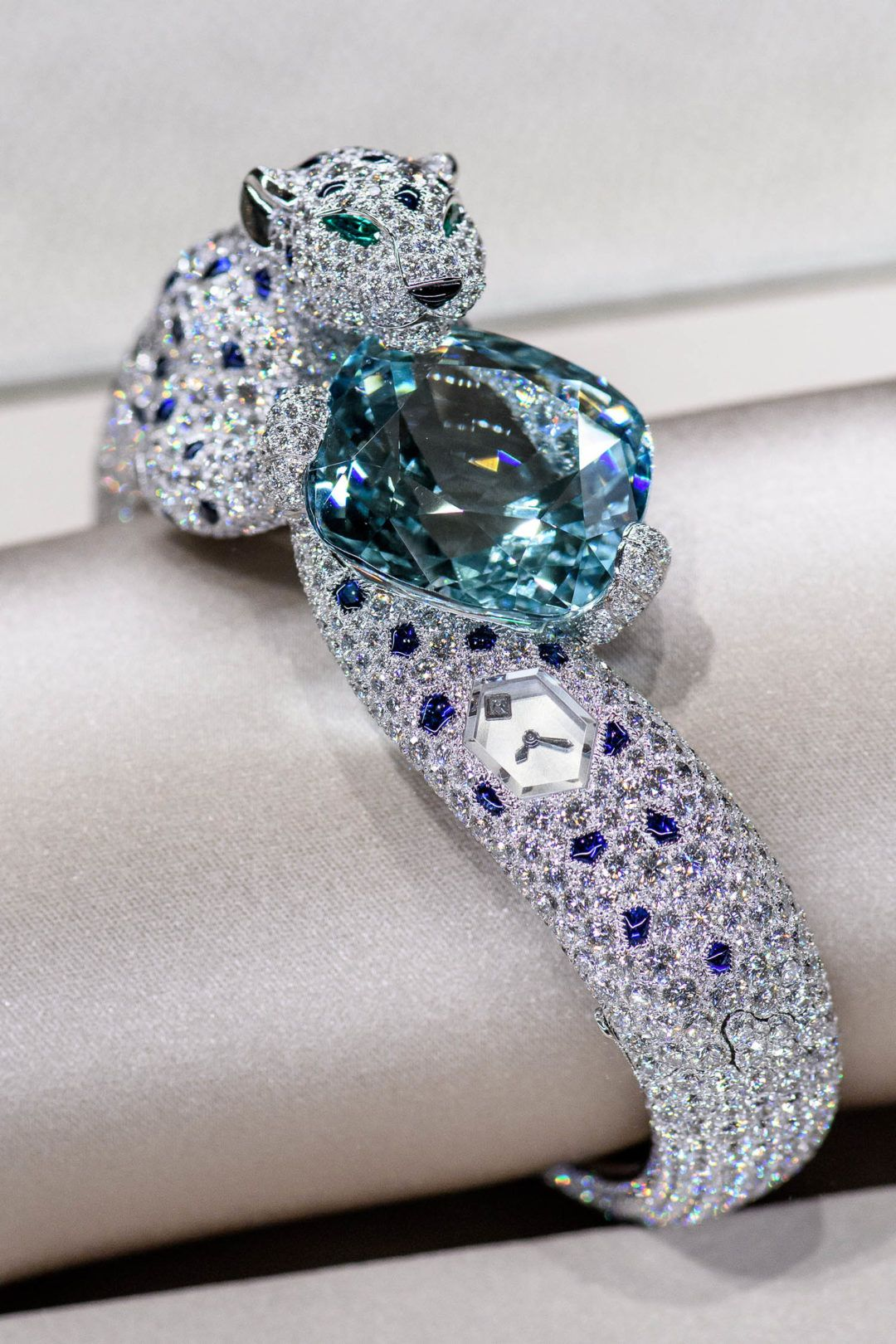 Photo of Cartier's Largest U.S. High Jewelry Exhibition Opens in New York – Galerie