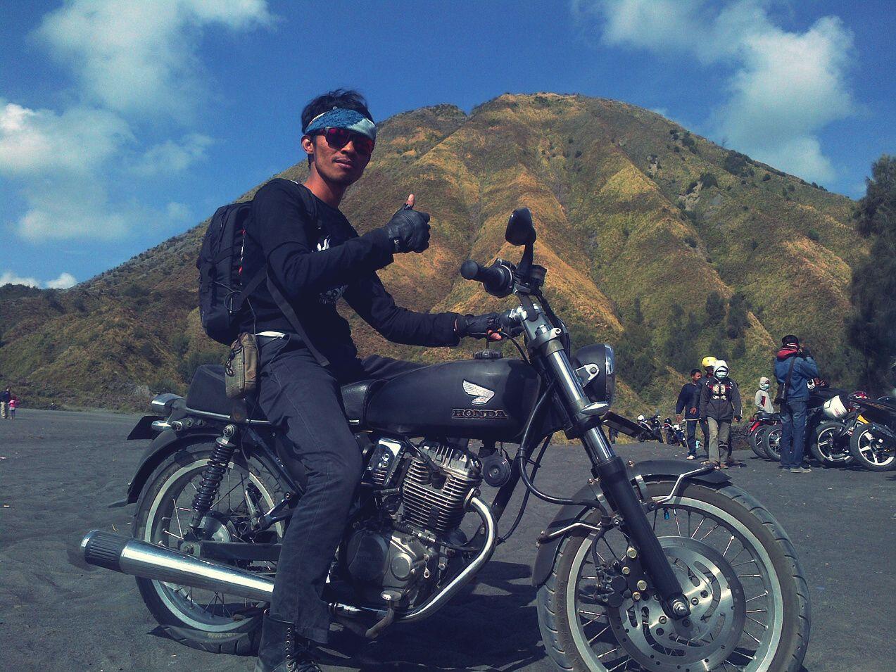 Touring to Bromo Mountain-CB  Terminal Surabaya