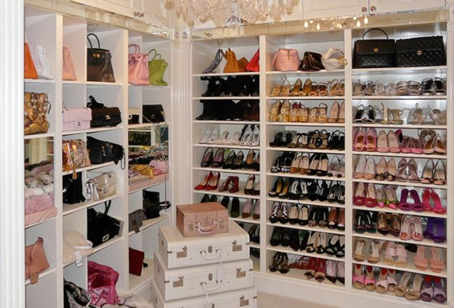 As Much As Most Of Us Abhor Reality Shows I Have Become Addicted To Real Housewives Of Beverly Hills Lisa Vanderpump Closet Lisa Vanderpump Celebrity Closets