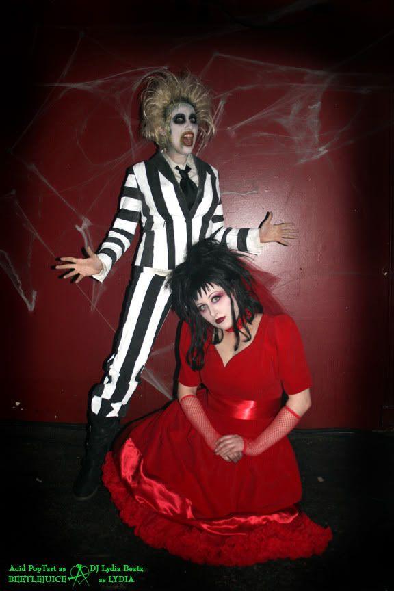 Beetlejuice u0026 Lydia costumes (plus zombies) - HauntForum  sc 1 st  Pinterest & Beetlejuice u0026 Lydia costumes (plus zombies) - HauntForum   Happy ...