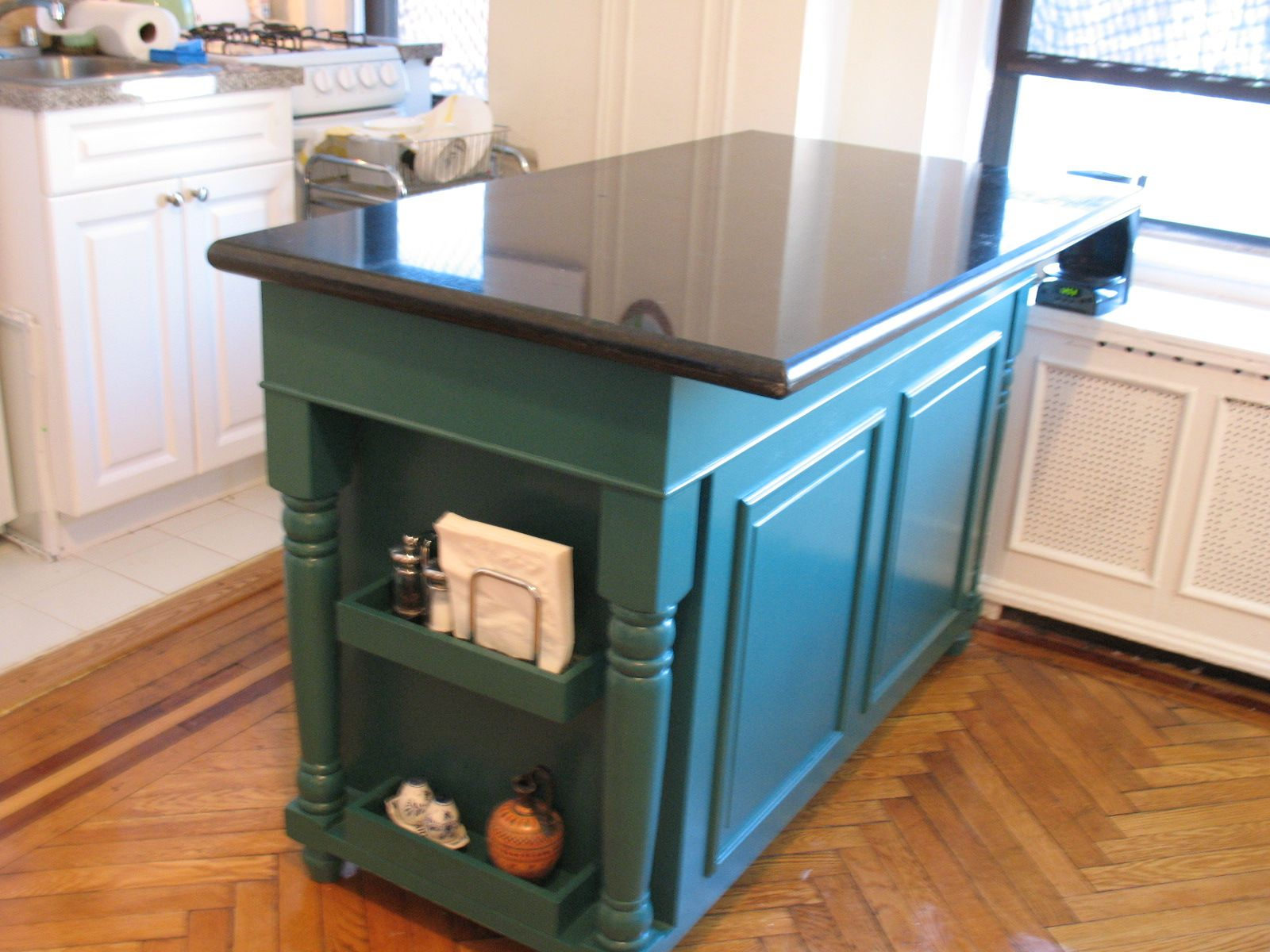 Pleasant Black Gloss Granite Countertop On Teal Butcher Block Island ...