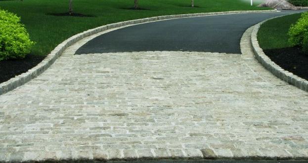 Asphalt Driveway Idea Paver Apron And Edging Paver Contractor Asphalt Driveway Driveway Landscaping Driveway Paving