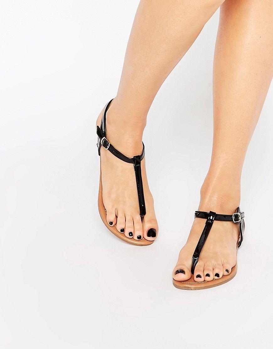 dbaf91b84754 Daisy Street Black Toe Post Flat Sandals