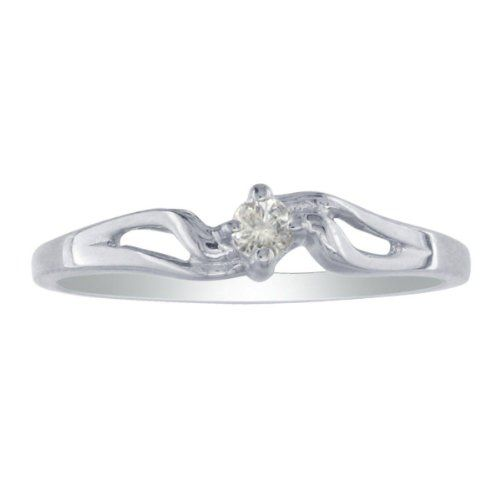 The Pefect Ring For The Perfect Young Lady This Diamond Promise Ring Features A Bright And Shiny 05 Carat Diamond Set In 10 Karat White Gold K L Diamond Colo