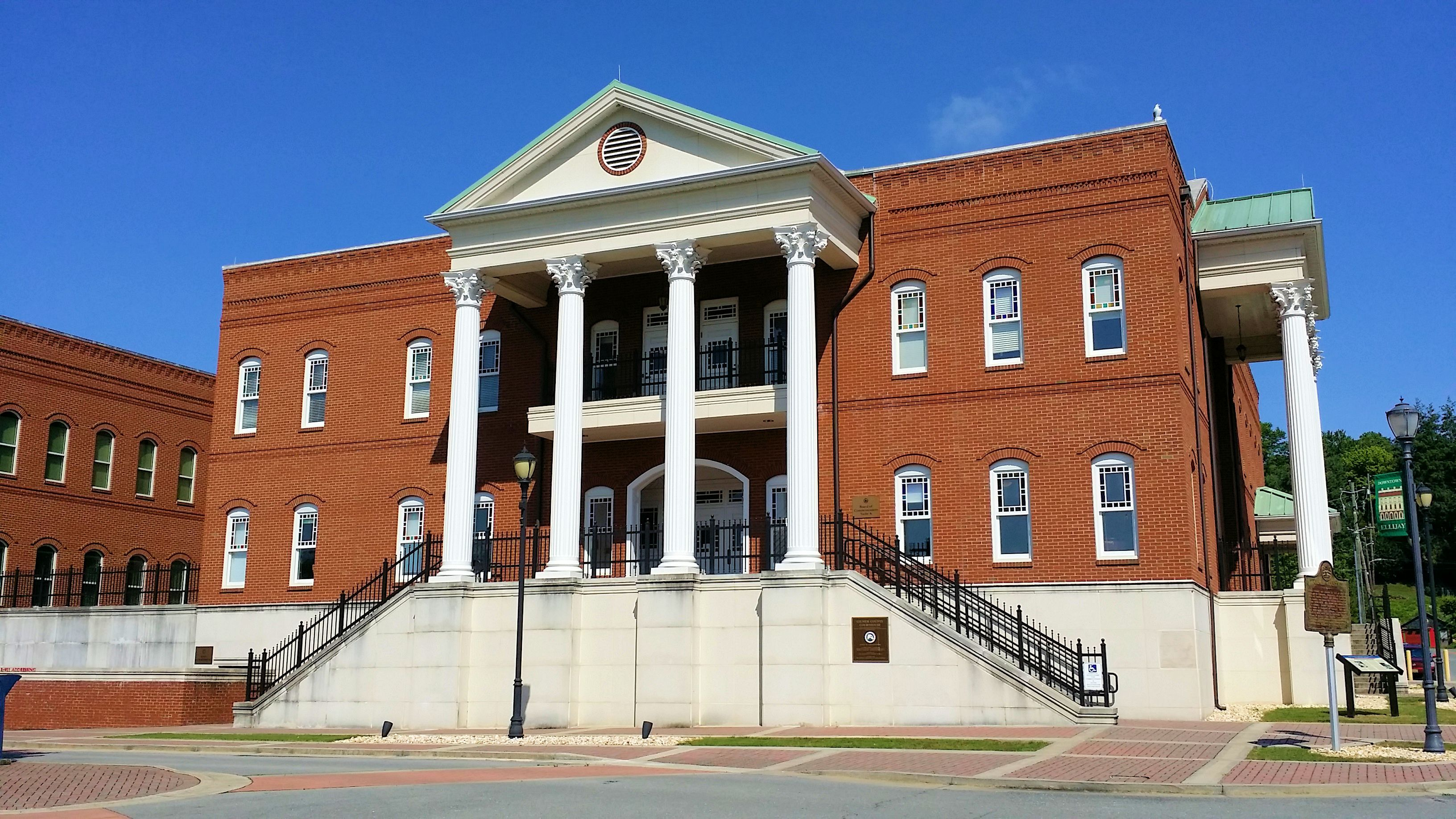 Gilmer county courthouse located at the square in downtown