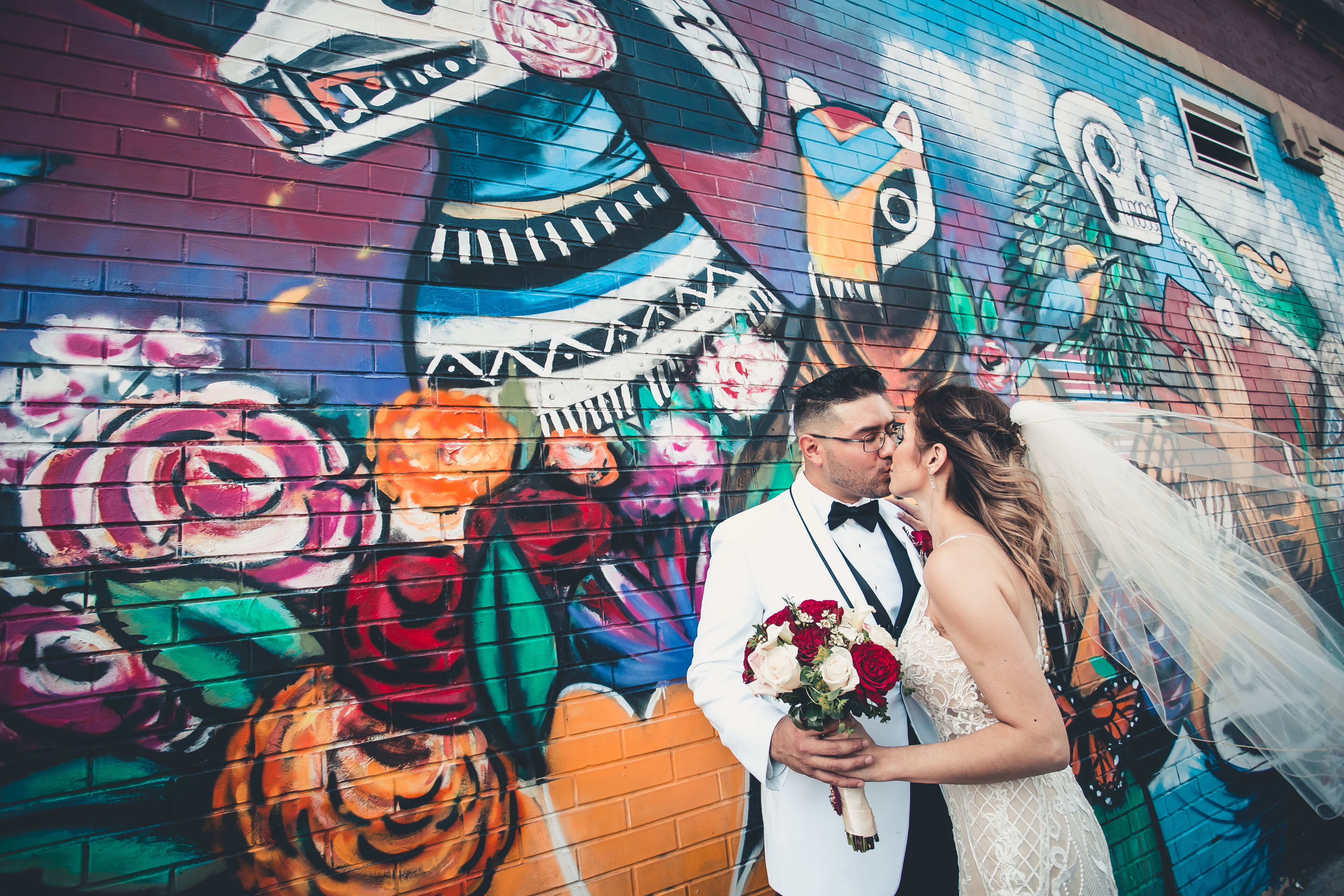 Pin By Avina Photography On Yolanda Adan Wedding Chicago Photography Street Art Photography