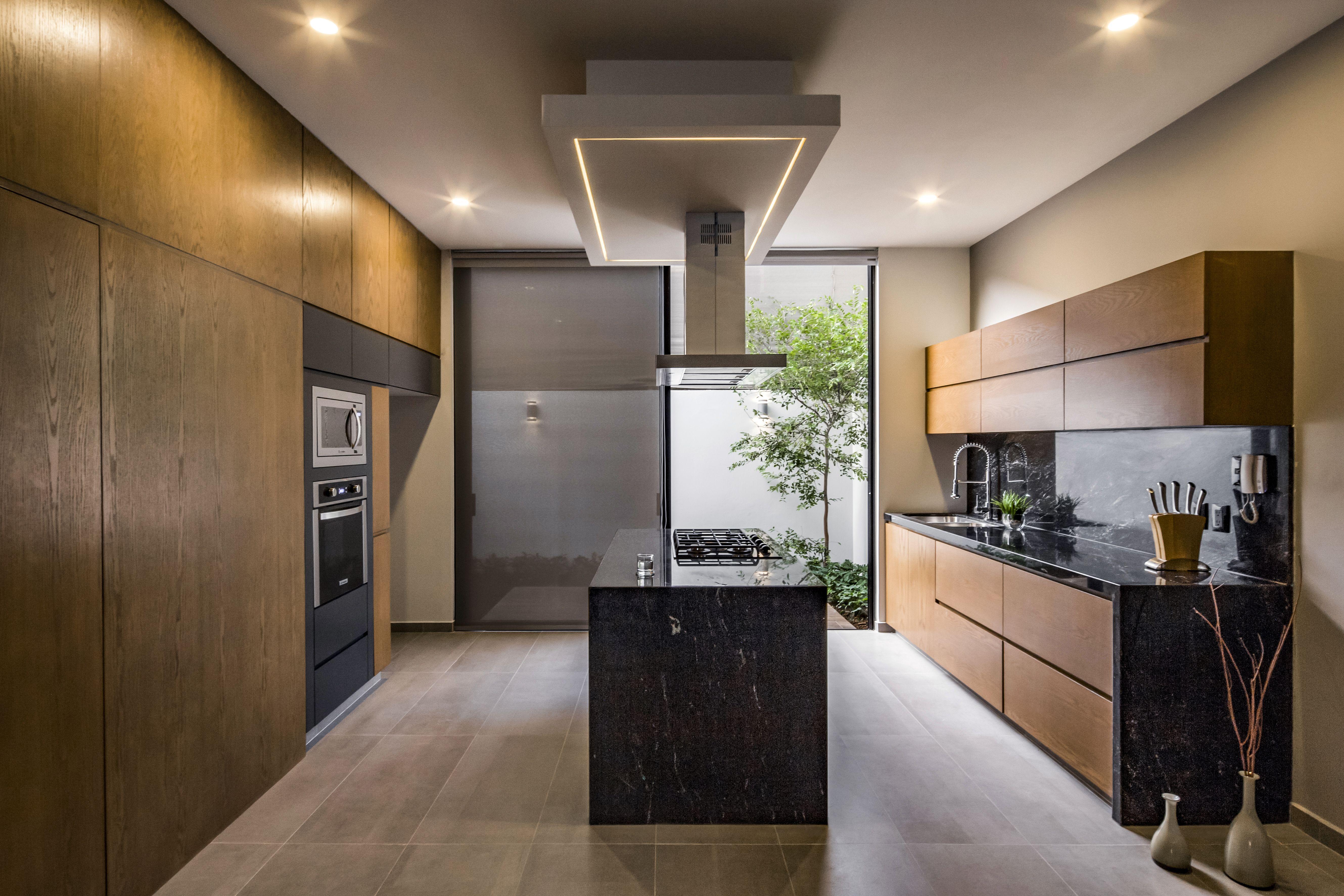Ideas De Cocina Con Vista A Jardin Islas De Cocina Diseno De Cocina Casas Personalizadas